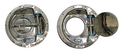 Bottom view of hygienic outlet valves in open and closed position.